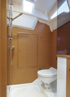 boat-379_interieur_201311201615426