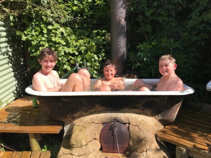 Outdoor Bath at Stony Bay